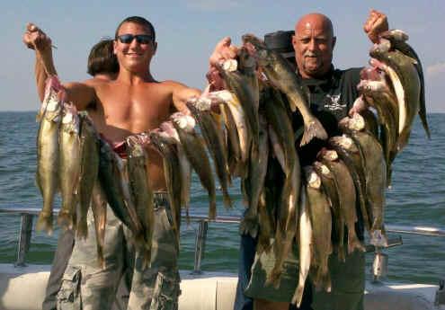 Lake erie walleye fishing charter boats port clinton for Sandusky bay fishing