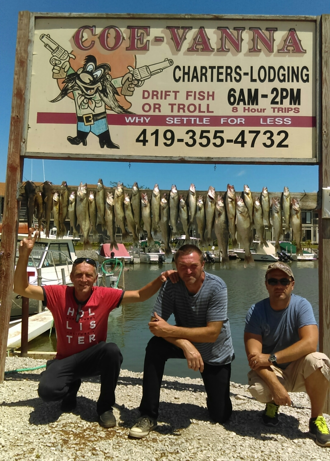 Lake Erie charter fishing boats - east of Toledo in Port Clinton, OH